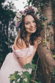 Johanna Löwenborg Flower Crown, Fairies, Flower Girl Dresses, Photoshoot, Wedding Dresses, Party, Photography, Fashion, Flower Headdress