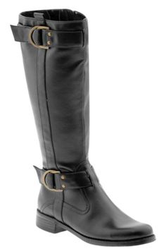 Knee high riding boot. Black, leather.