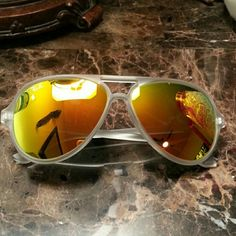 Ray-Ban Cats 5000 Clear frames with orange flash lens 100 % AUTHENTIC Ray-Ban CATS! Ray-Ban Accessories Sunglasses