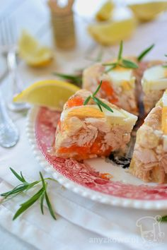 How yummy do these Inside Out Smoked Salmon Sandwiches look? Smoked Salmon Sandwich, Polish Recipes, Polish Food, Western Food, Entree Recipes, Caramel Apples, Afternoon Tea, Sweet Recipes, Entrees