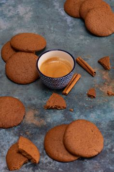 Speculoos - Biscuits à la cannelle - 10 Evidence-Based Health Benefits of Cinnamon Gluten Free Sugar Cookies, Chewy Sugar Cookies, Cinnamon Cookies, Rolled Sugar Cookies, Sugar Cookies Recipe, Cookies Et Biscuits, Sugar Cookie Recipe For Decorating, Easy Cookie Recipes, Sweet Recipes
