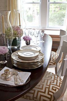 Dining Room by Wendy Labrum Interiors, LLC. www.wendylabruminteriors.com #practicalstyle #tangibledesign #wendylabruminteriors