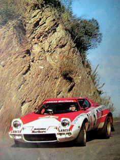 "TOUR DE CORSE 1974 : Lancia Stratos Andruet/""Biche"" Sport Cars, Race Cars, Course Automobile, Rally Raid, Top Cars, Car And Driver, Vintage Cars, Sports, Racing Team"