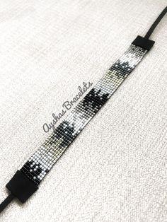 White Black and Silver Miyuki Bracelet / Beaded Bracelet / Minimalist Style / Miyuki Bead Bracelet / Miyuki Delica Loom Bracelet Patterns, Bead Loom Bracelets, Bead Loom Patterns, Beaded Jewelry Patterns, Beading Patterns, Hippie Bracelets, Embroidery Bracelets, Beading Ideas, Diy Schmuck