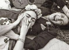 Frida Kahlo and Chavela Vargas photo by Lucienne Bloch