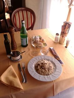 """The table. RICE ZOOM- 1plate only.. - ((+ @ #breakfast alone Il chiosco bar Ronco avec chocolate cup x 230ml milk latte intero nosugar x 2$ h9,30 > 9,40AM in 5""""mins.x_. > 1,20PM 8.12 After #2gether x 1/2 x 20gr croissant vuota MC h10am x 1$ Y alone #inhide #icecream #pan morby y #chocolate #dark Lindt cono 2 gusti flavours 30ml x 2,50$ in 5""""mins.x h10,40 > 10,45am Rep rice > Laguna ristorante iseo lunch h1> 2,30PM 23.11 #2gether x 40$ tot. But #alone #all4me #inhide 7 1h after x 11,50$ tot…"""