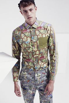 Kit Neale Looks to for His Summer 2014 Collection Butterfly Shirts, Butterfly Print, Fashion Fabric, Fashion Prints, Valentino Clothing, Trends Magazine, Couture Fashion, Printed Shirts, Cool Style