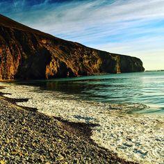 Sunbathed Dookinella Achill - #seascapes #wildatlanticway #Dookinella #beach #beautiful #skiesandnature #skies #cliffs #mountains #sea #photography #tranquility #travelireland #loveachill #visitmayo #tourismireland #youririshadventure #reflections #blueskies #green #blue #pebblebeach #pretty #justgoshoot #visualsoflife #westofireland #discoverireland #achilltourism #montereylocals #pebblebeachlocals - posted by Victoria Calvey https://www.instagram.com/victoria.calv. See more of Pebble Beach…