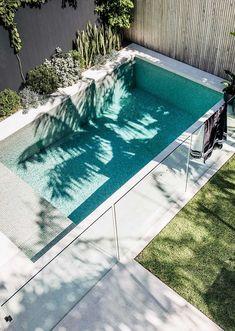 Backyard Pool Landscaping, Backyard Pool Designs, Small Backyard Pools, Swimming Pools Backyard, Outdoor Pool Areas, Modern Backyard Design, Pool Landscape Design, Garden Design, Living Pool