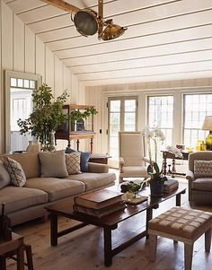 house by S. Gambrel in Sag Harbor I'm assuming these next photos are of a different structure on the prop. Home Living Room, Living Spaces, Home Design, Interior Design, Café Design, Design Elements, Family Room Design, Family Rooms, Gambrel