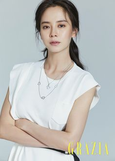 Song Ji Hyo shows up in the pages of the June issue of Grazia and we think she's never looked prettier. Korean Actresses, Korean Actors, Actors & Actresses, Korean Beauty, Asian Beauty, Ji Hyo Song, Ji Hyo Running Man, Grazia Magazine, K Idols