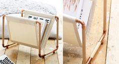 Simple, léger et pratique, ce porte-revues en cuivre, bois et toile se fabrique en un clin d'œil. Fournitures De la toile écru(124 x 43 cm) 2 tourillons 4 montants (longueur : 24 cm) Des ...