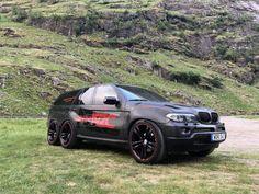 Lamborghini, Ferrari, Top Luxury Cars, Luxury Suv, Bmw X5 M Sport, Bmw X Series, 4 Door Sports Cars, Bmw X5 E70, 6x6 Truck