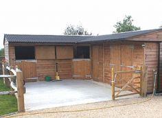 2 Stables & Hay Barn