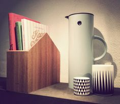 Use our Magazine Holder to keep track of all your favourite cookbooks. Pictured here is the Stelton vacuum jug another iconic design piece. Magazine Storage, Book Storage, Magazine Holders, Graphic Design Studios, Scandinavian Design, Icon Design, Objects, Diy Projects, Pure Products
