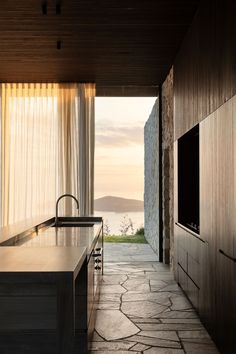 Cowes Bay Residence, Waiheke Island, New Zealand - The Cool Hunter - The Cool Hunter Casa Loft, Waiheke Island, Interiores Design, Pavilion, Interior Architecture, Amazing Architecture, New Zealand, Kitchen Design, Bali