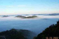 Whitesburg, KY : pics captured on pine mountain looking over foggy whitesburg