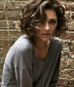 wanna give your hair a new look? Curly bob hairstyles is a good choice for you. Here you will find some super sexy Curly bob hairstyles, Find the best one for you, Short Curly Haircuts, Curly Hair Cuts, Cut My Hair, Wavy Hair, Short Hair Cuts, Curly Hair Styles, Short Curls, Short Wavy, Short Hair With Perm