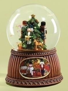 "5.5"" Musical Nutcracker Holiday Scene Christmas Snow Globe Glitterdome: Amazon.ca: Home & Kitchen"