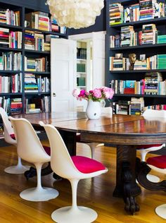 The chicest study @luluandgeorgia https://www.luluandgeorgia.com/