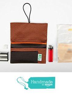 Tabakbeutel Welle. 16 x 17 cm from La Industria Handmade https://www.amazon.de/dp/B01M0NDFBU/ref=hnd_sw_r_pi_dp_fShLybMS8G5GC #handmadeatamazon