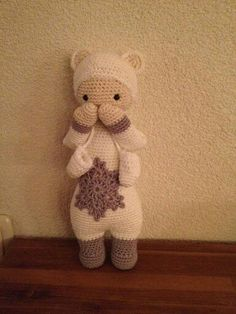 Polarbear, so cute the little mittens