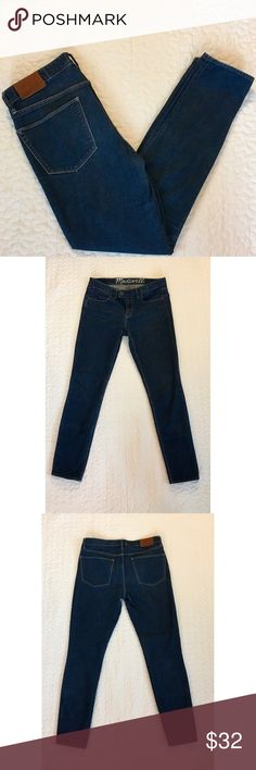 """Madewell tab-front skinny ankle jeans Early Madewell style (circa 2011). Medium-dark indigo wash. Skinny cut with 8.5"""" rise that comes to natural waist. Zipper fly with tabbed double button closure. Size 28 with 28"""" inseam. Perfect length for ankle boots! 98% cotton, 2% spandex. Excellent used condition. Madewell Jeans Ankle & Cropped"""