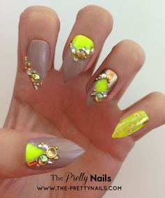 Neon x Nude x Gold x Studs False Nail Set by ThePrettyNails, £12.00