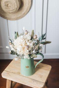 Retrouvez toutes nos collections de bouquets et de nos créations en fleurs séchées sur Flowrette.com  Flowrette, pour (se) faire plaisir.