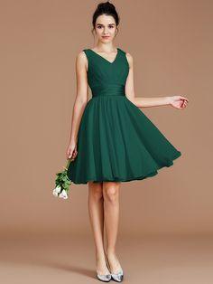 A-Line/Princess V-neck Sleeveless Sash/Ribbon/Belt Short/Mini Chiffon Bridesmaid Dresses - Hebeos Short Lace Dress, Short Dresses, Prom Dresses, Dress Prom, Olive Green Bridesmaid Dresses, Green Dress, Marie, Fashion Dresses, Beautiful