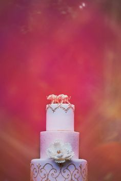 incredibly amazing pale pink cake #weddingcake #uniquecake #weddingchicks http://www.weddingchicks.com/2014/03/14/east-meets-west-wedding-ideas/