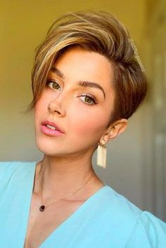 The Hottest Variations Of A Long Pixie Cut To Look Flawless 24/7 ★