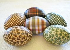 Old World Lodge Decoupage Easter Eggs rustic country masculine plaid gingham pine leaves brown green cream #EasyPin