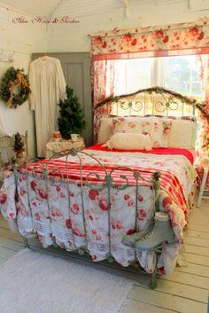 Aiken House & Gardens~ Christmas in the Boathouse