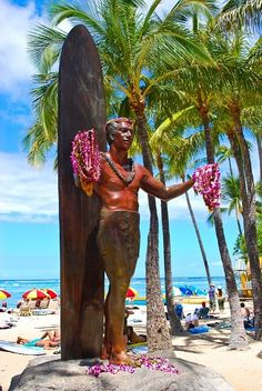 Duke Kahanamoku Statue - Waikiki Beach, Hawaii