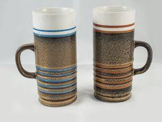2 tasses à café ou à thé de couleur maron bleu blanc rouge - Fait au Japon de la boutique 3rvintages sur Etsy