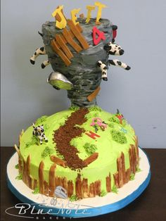 Tornado cake Bad Cakes, Fancy Cakes, Cute Cakes, Beautiful Cakes, Amazing Cakes, Tornado Cake, Twin Birthday Cakes, Catering Food Displays, Gravity Defying Cake