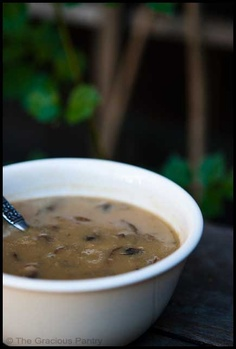 Clean Eating Cream Of Mushroom Soup - good to other recipes instead of the canned crap! And it's healthy! Clean Eating Recipes, Healthy Eating, Cooking Recipes, Healthy Food, Creamed Mushrooms, Stuffed Mushrooms, Whole Food Recipes, Healthy Recipes, Healthy Soups