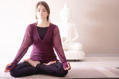 Padmasana  #yoga #ashtangayoga #padmasana #practice #closingpostures #asana #modena #myshala  @pupigiulia - the eyes
