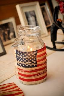 American Flag Party Lights& stain small flags and tie around a mason jar with twine. Fill jar with sand and votive candles or tea lights or put candles in glass holders inside the jars. 4. Juli Party, 4th Of July Party, Fourth Of July, 21 July, Party Lights, Tea Lights, Candle Jars, Mason Jars, Canning Jars