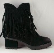 Ghete cu toc gros Lora - Incaltaminte Online Wedges, Boots, Fashion, Crotch Boots, Moda, Fashion Styles, Shoe Boot, Fasion, Wedge