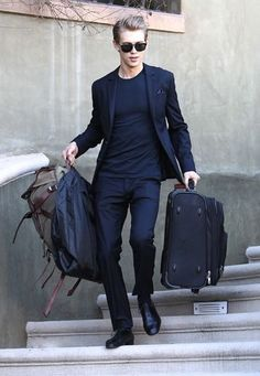 What To Wear To The Airport? ⋆ Men's Fashion Blog - TheUnstitchd.com