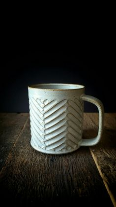 Mug tasse - Anatol Kennea Glazes For Pottery, Pottery Mugs, Ceramic Pottery, Pottery Art, Pottery Wheel, Ceramic Teapots, Ceramic Cups, Pottery Designs, Pottery Ideas