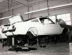 Shelby GT 350's in production. Shelby Automobile Inc. Production Facility 3221 Carter Street, Venice, California