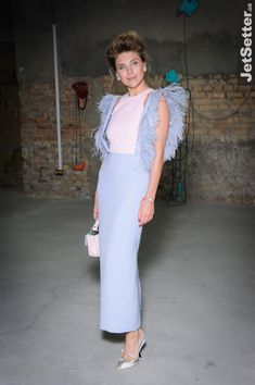 Катя Сильченко Hijab Fashion, Girl Fashion, Fashion Dresses, Fashion Looks, Womens Fashion, Fashion Design, Streetwear, Mode Chic, Short Dresses