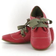 FLY London Fo Raspberry Leather