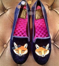Tory Burch Fox Flats - damit treibt man jeden Fuchs aus dem Bau :D Crazy Shoes, Me Too Shoes, Shoe Closet, Shoe Bag, Tory Burch Flats, Chic, Playing Dress Up, Karl Lagerfeld, Fashion Shoes