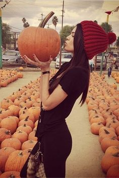 26 Photos of Celebrities at Pumpkin Patches - Kendall Jenner Style