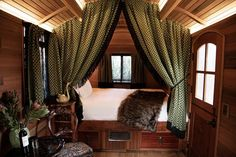 23 Best Glamping in California (2021) 6 Glamping California, California Places To Visit, California Getaways, California Honeymoon, Northern California, California California, Airbnb Usa, Los Padres National Forest, Channel Islands National Park
