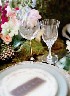 Midsummer Night's Dream Styled Shoot  Featured on Green Wedding Shoes - Inspired by Shakespeare's A Midsummer Night's Dream, the team behind today's lovely editorial gave a modern spin to the whimsical, ornate essence of this beloved theater piece. Photographer, Leighanne Herr, collaborated with the event designers at Dolce Designs to bring a truly dreamy setting to life and we are just loving the light + airy vibe they've created.